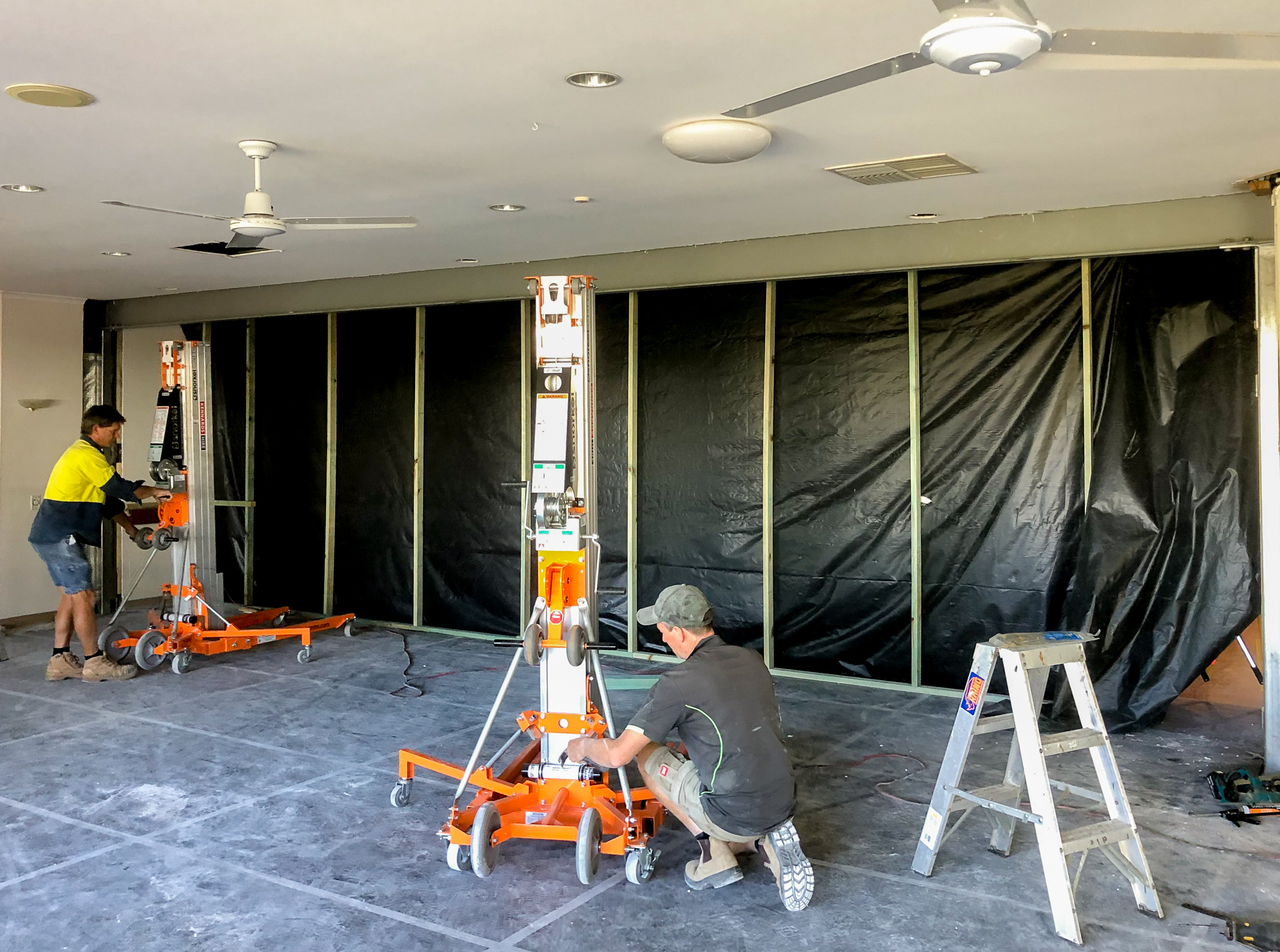 Installing-Steel-Beam-Tradespeople-Tradies-Tradesmen-Construction-Building-Aged-Care